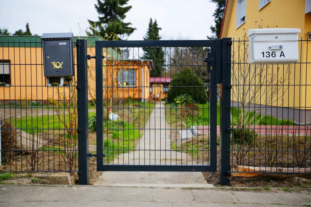 Gartentür 02 aus Doppelstabmatten